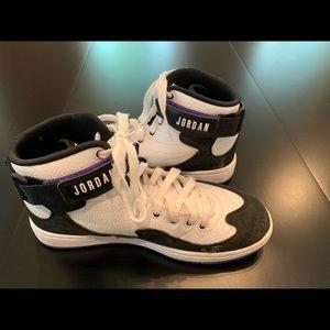 Men's Size 8 1/2 Nike Air Jordan Basketball Shoes